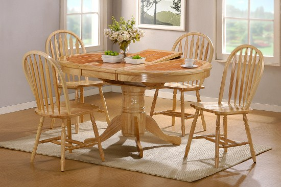 Raz Oval Extending Terracota Table And 4 Chairs