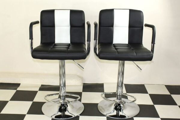 Boston Retro Style Bar Stool American Diner Style Black And White Padded Seat Height Adjustable