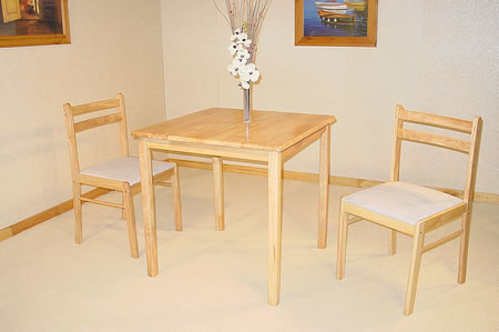 Diners Classic Wooden Dining Set With 2 Chairs